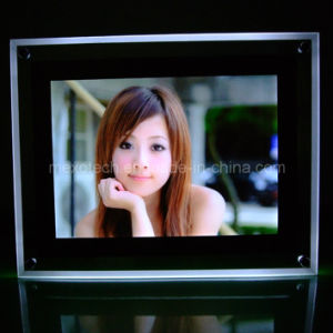 Desktop Acrylic Photo/Poster Frame LED Light Box (CST01-A4L) pictures & photos