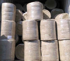 Fiberglass Blanket Cover Wire Rock Wool Insulation Material pictures & photos