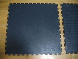 Interlocking Gym Floor / Tile, PVC Interlocking Tile pictures & photos