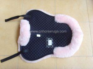 Sheepskin Saddle Pad (MUMA35890) pictures & photos