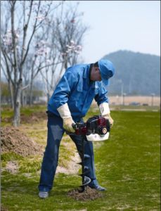 2-Stroke Gasoline Portable Earth Auger (CY-490A) pictures & photos