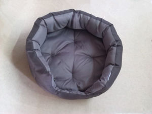 High Quality Waterproof 500d Coffee Oxford Fabric Luxury Pet/Dog Bed pictures & photos