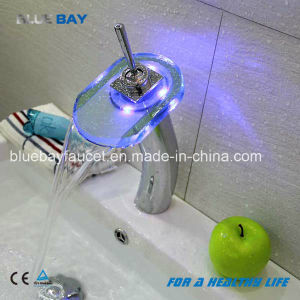 Hot Sell Single Lever Brass Chrome Wash Basin Faucet pictures & photos
