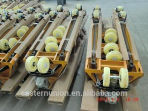 Hot Slaes CE Standard Hydraulic Pallet Truck pictures & photos