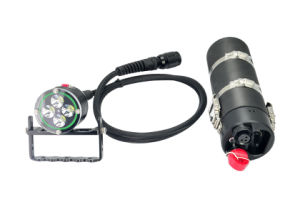 4000lumens Powerful LED Flash Light/ Underwater Diving LED Torch /Durable Diving Equipment! Waterproof 100 Meters Wh46 pictures & photos