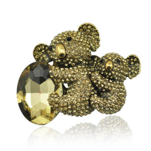 Fashion Lovely Rhinestone Zinc Alloy Koala Brooch for Women pictures & photos