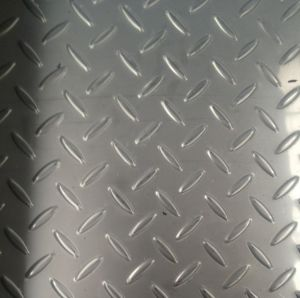 ASTM A36 Ss400 Q235B Mild Carbon Galvanized Steel Checker Plate pictures & photos