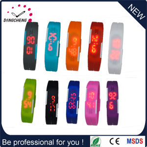Christmas Watch Custom Silicone LED Watch Sports Wristwatch for Boys pictures & photos