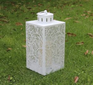 White Leafp Pattern Metal Lantern Light