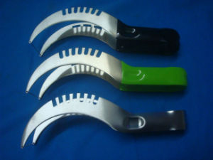 Safe Stainless Steel Watermelon Divider Fruit Splitter pictures & photos