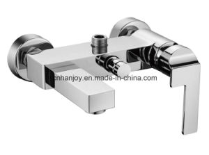 Wall Mounted Single Handle Bathtub Faucet (H16-102) pictures & photos