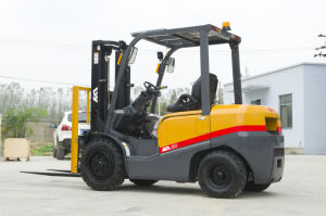 Tcm Appearance 3ton Diesel Forklift with Mitsubishi S4s Forklift Truck pictures & photos