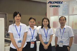 Taiwan Made Ultrasonic Sealing Non Woven Bag Making Machine Price pictures & photos