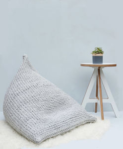 Hand Knitted Lazy Wedge Bean Bag Sofa Cushion Beanbag pictures & photos
