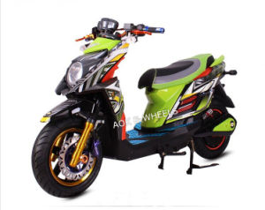 2000W Fashionable Electric Motorcycle (EM-002) pictures & photos