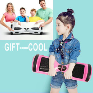 Self Balancing Smart Foldable Electric Skateboard Self Balance Scooter with Handle pictures & photos