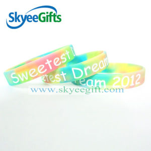 Customized Silicone Wristband with High Quality pictures & photos