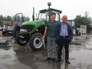 Hydraulic Output Swing Draw Bar 120HP 4WD Large Farm Tractor From Weifang Huaxia Tractor Factory pictures & photos