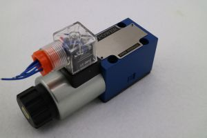 Hydraulic Directional Control Valve pictures & photos