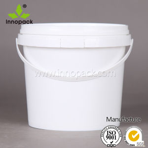 1 Gallon Plastic Bucket with Cover and Handle pictures & photos