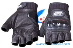 Motorcycle Accessories Motorcycle Gloves of Leather pictures & photos
