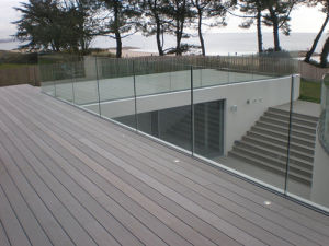 Aluminum U Channel Frameless Glass Railing pictures & photos