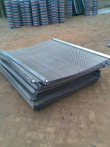 Black Crimped Wire Mesh Used for Mining Industry and Coal pictures & photos