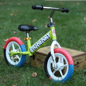 Fashionable Design Balance Bike Plastic Baby pictures & photos