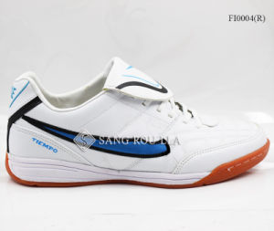 Men Sports Shoes Indoor Soccer Shoes pictures & photos