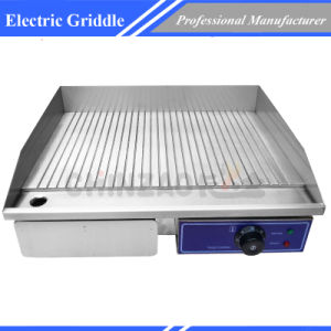 Electric Grill Griddle with Ribbed Cooking Plate pictures & photos