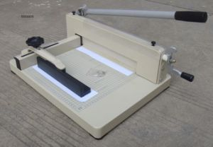 Guillotine Manual Paper Cutting Machine (WD-858A4) pictures & photos