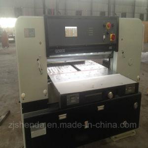 Professional Manufacturer 920mm Office Equipment Paper Cutting Machine (QZ-92CG KS) pictures & photos