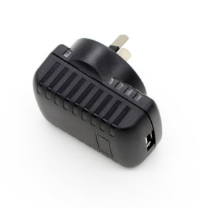 Travel Universal USB Charger with Au Plug pictures & photos