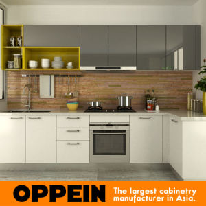 Oppein Modern Wooden Kitchen Cabinet with Visual Contrast Acrylic Finish (OP15-A06) pictures & photos
