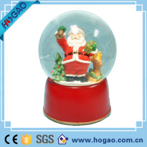 Christmas Snow Globe Santa Claus Best Gift pictures & photos