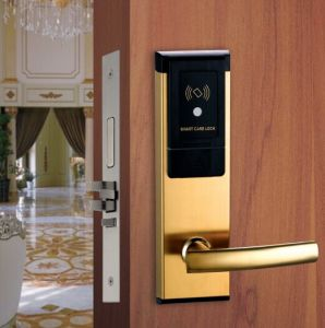 Hot Selling Hotel RF Card Lock with Free Software pictures & photos