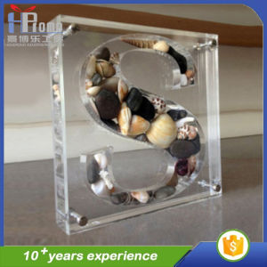 Custom Clear Acrylic Medal Stand pictures & photos