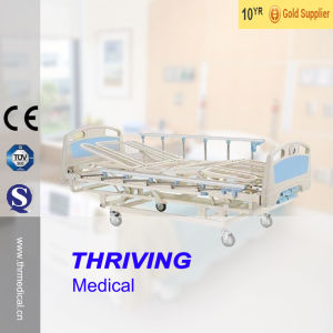 Four-crank Rolling Medical Care Bed (THR-CRB109) pictures & photos