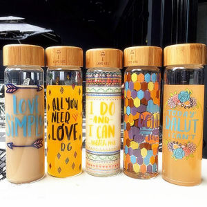 600ml Portable Glass Gift Cup Sport Bottle with Bamboo Lid Travel Glass Cup pictures & photos
