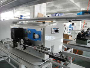 High Precision Automatic Wire&Cable Cutting and Stripping Machine (DCS-250) pictures & photos
