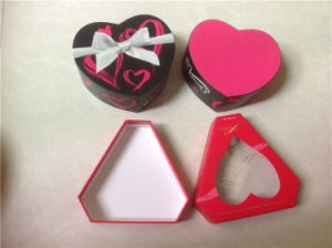 Heart-Shaped Box Chocolate Box for Valentine′s Day pictures & photos