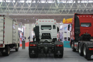 Sinotruk HOWO T5g 310HP 6X2 Truck pictures & photos