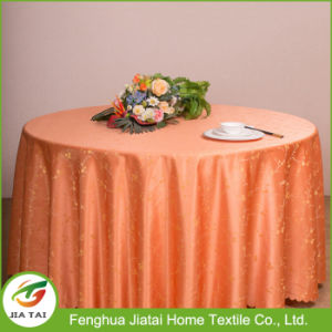 Custom Design Polyester Round Hand Embroidered Table Cloth for Wedding pictures & photos