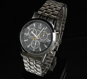 Fashion Japan Quartz Chronograph Band Wrist Watch (XM9053)