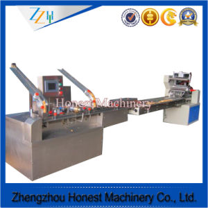 High Quality Automatic Sandwich Biscuit Machine pictures & photos