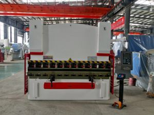 Hydraulic Press Brake Metal Bending Machine From Sara pictures & photos