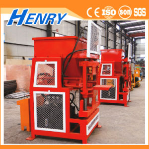 Hr2-10 Automatic Hydraulic Lego Hollow Soil Interlocking Block Making Machine Clay Brick Making Machine Price pictures & photos