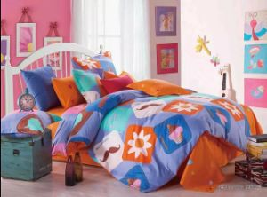 Cute Flower High Fashion Bedding Set pictures & photos