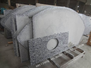 Spray White/Wave White Granite Countertops for Kitchen & Bathroom (YY-VSWC) pictures & photos