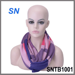 2015 Latest Design Winter Infinity Scarf for Ladies pictures & photos
